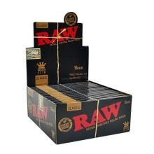 RAW Black kingsize slim rolling papers (50pcs/display)